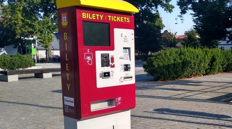 Bilety na autobus można kupić w biletomacie