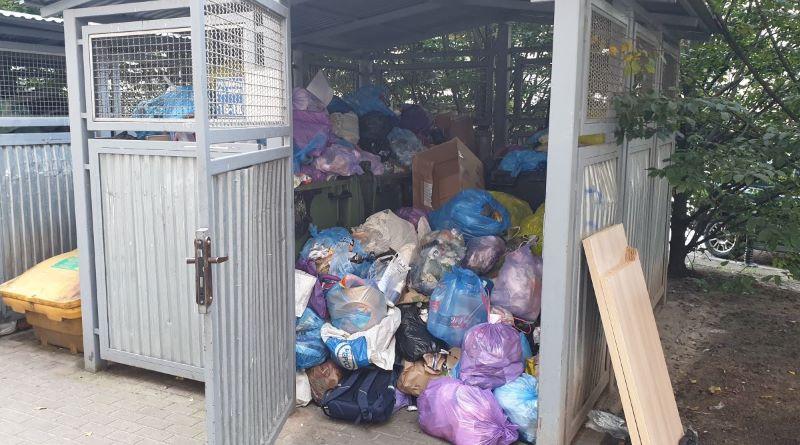 burmistrz goap wywozi śmieci