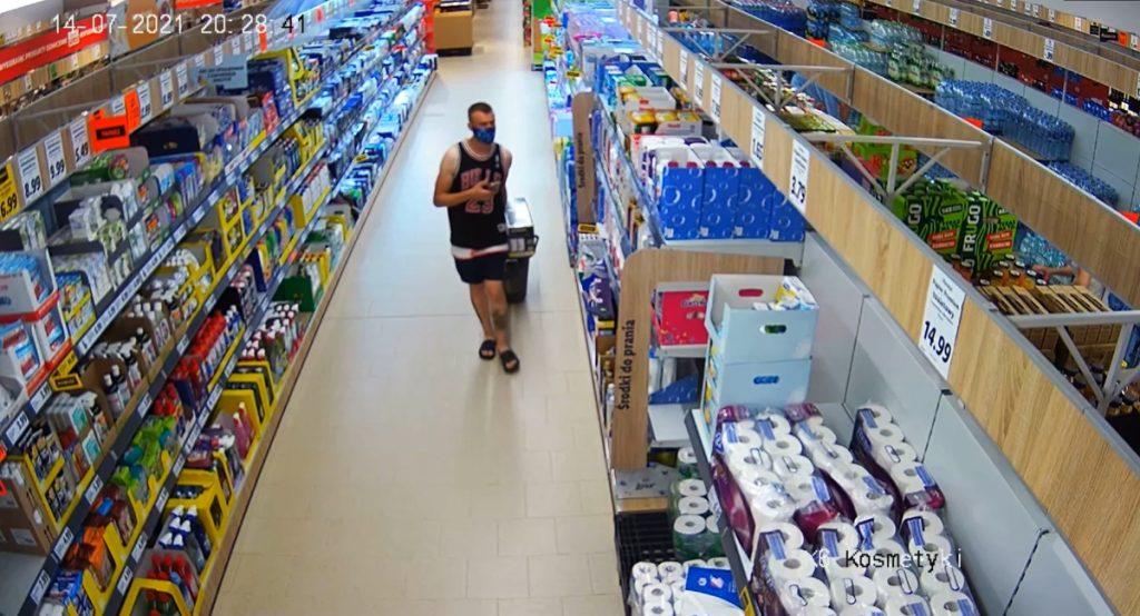 Przywłaszczenie telefonu w markecie w Swarzędzu